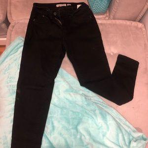 Back wanna betta butt YMI mid rise skinny jeans.